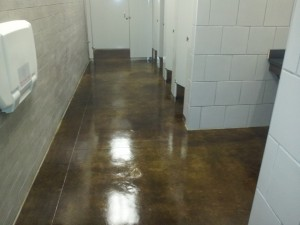 Restrooms-with-Stained-Concrete