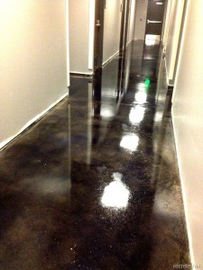Stained-Concrete-Floor-with-Carbon-Dye