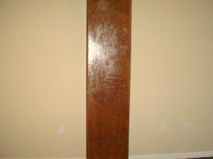 Stained-Verticle-Concrete-Column